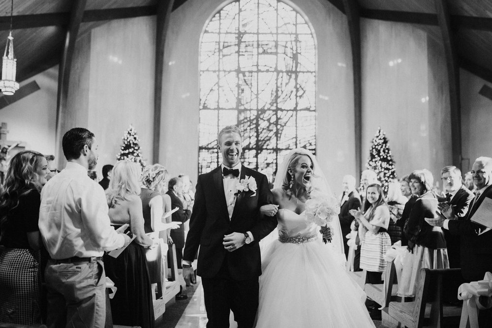 20 New Years Eve Wedding Recessional.jpg