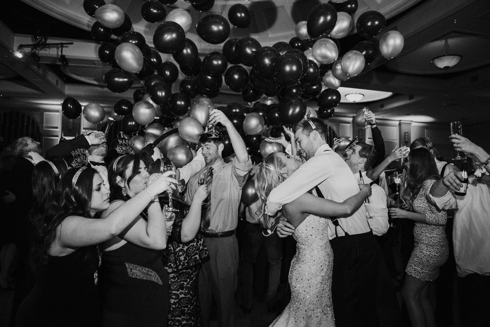 43 New Years Eve Wedding Balloon Drop Chase Center Aribella Events.jpg