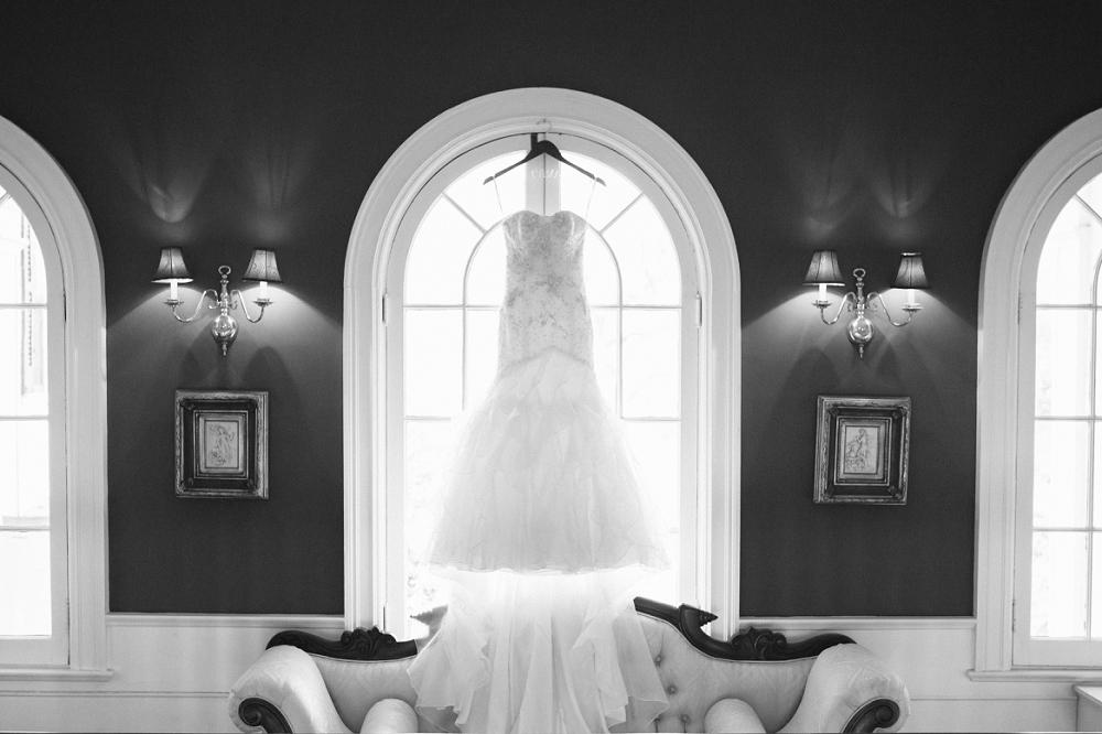 02 Historic Rosemont Wedding Anne Barge Wedding Dress.JPG
