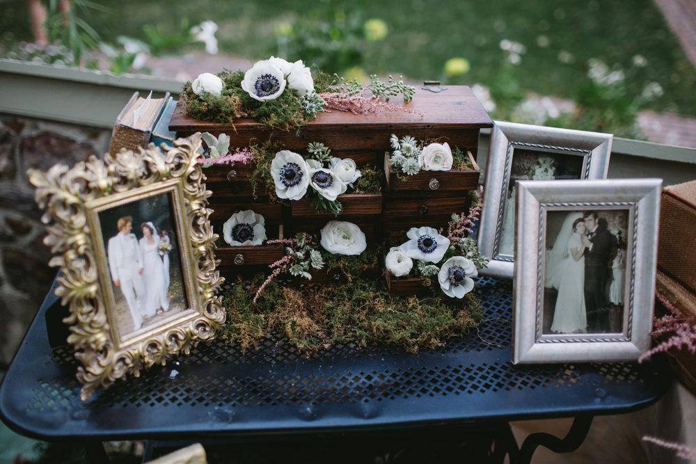 24 Appleford Estate Wedding Family Photos.jpg