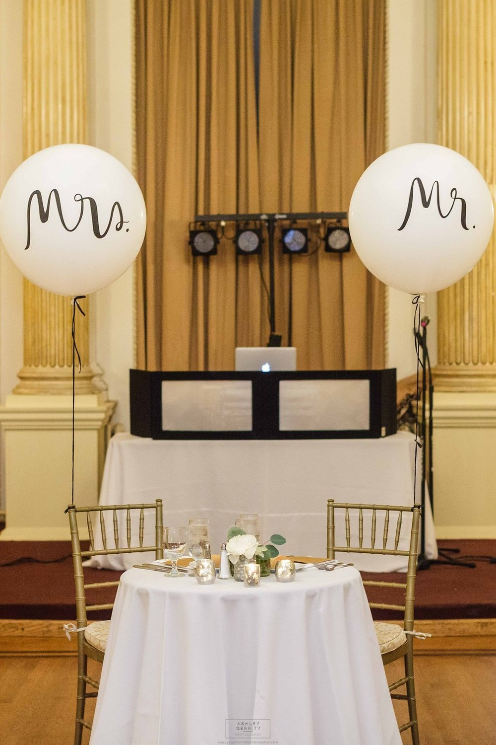 27 Philadelphia Wedding Stotesbury Mansion Mr and Mrs Balloons.jpg