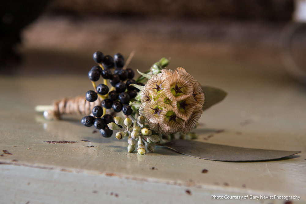 90 Wildflower Boutonniere Barn Wedding Chester County Wedding Designer.jpg