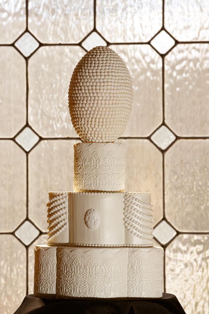 16 Great Gatsby Wedding Cake A Cake Dream Philadelphia Wedding Florist.jpg