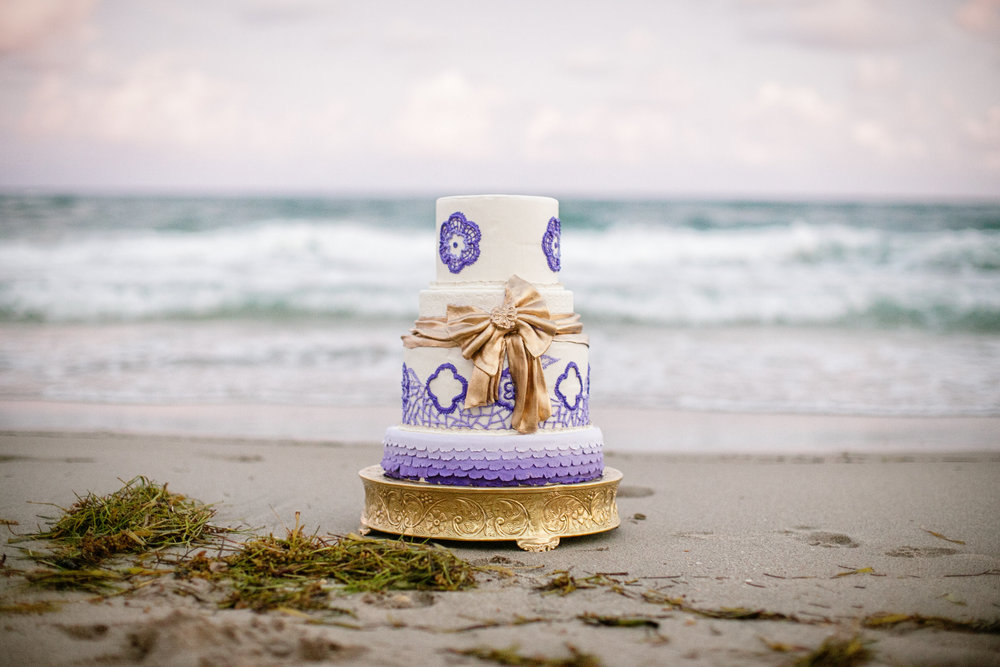 18 Palm Beach Wedding Destination Wedding Planner Purple Ombre Cake on the Beach.jpg