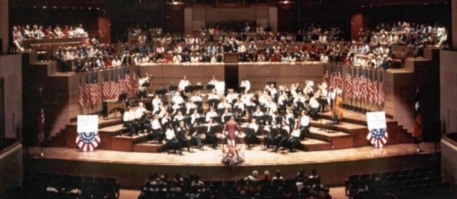 2002-dallas wind symphony-sousa.jpg