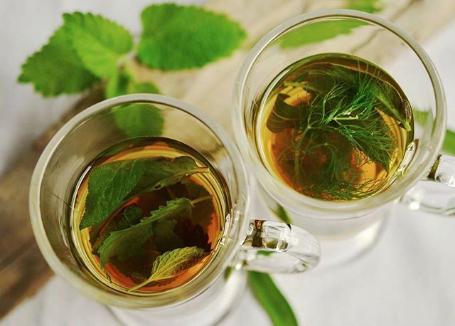 Tea time. Herbal tea is a great way to unwind in the evening. ⠀ .⠀ What kind of tea do you like? ⠀ .⠀ #healthylifestyle #healthylifestyles #tea #miami #miamibeach