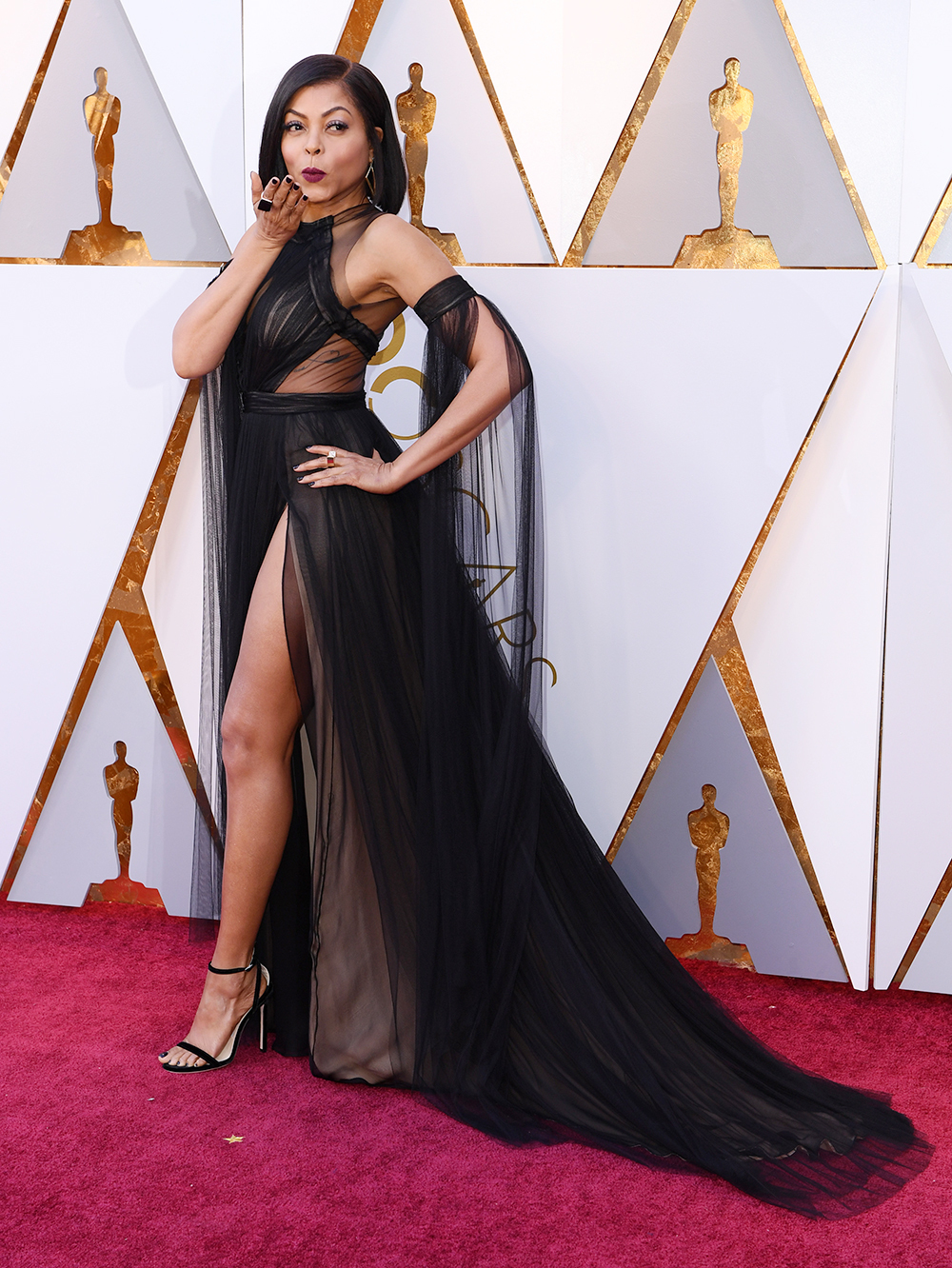 taraji-p-henson-oscars-red-carpet.jpg