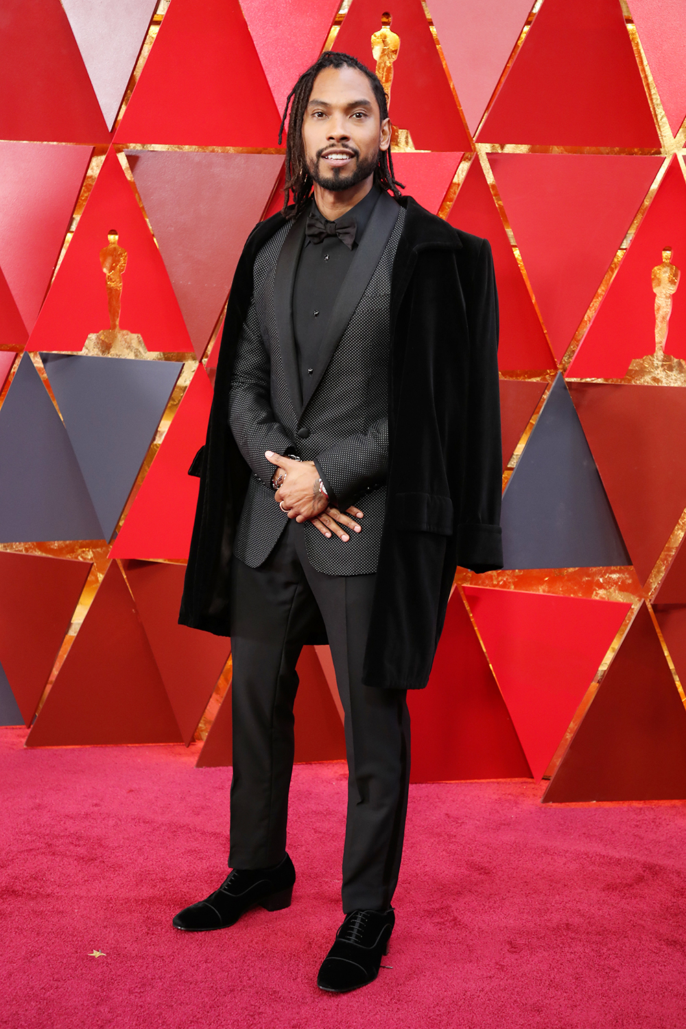 miguel-oscars-red-carpet.jpg