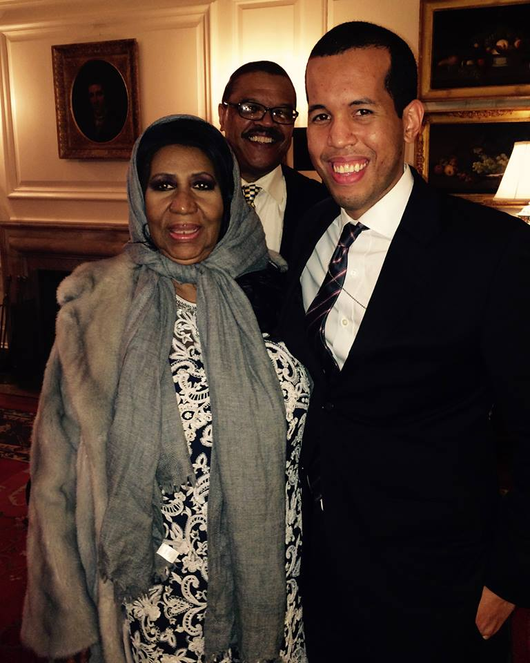 Aretha and Elias at the White House (and Willie!). Photo: Courtesy of Elias Alcantara
