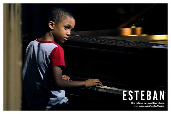 08-esteban-piano-720x480.jpg