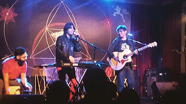 Thx #bluefrog and #mumbai for an awesome #show #bombay #livemusic #rocknroll #nikhilkmusic #korg #yamaha #composer #songwriter #ballad #acoustic #instafollow #instamusic #instadaily #rock #stage #india #mtvindia #global #concert #music #musician #singer #vocals #guitar #prs #taylor #pune