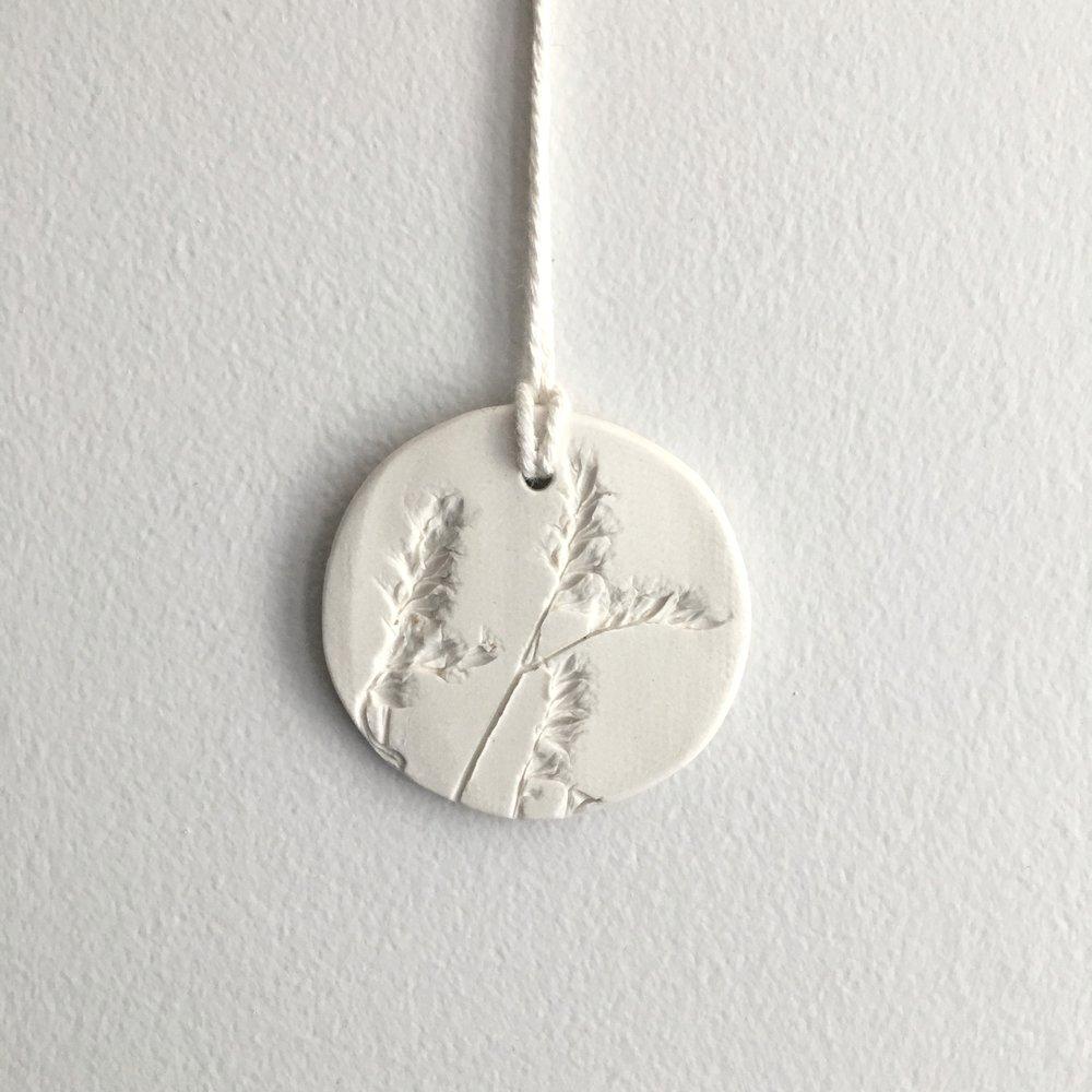 ornaments + tags -