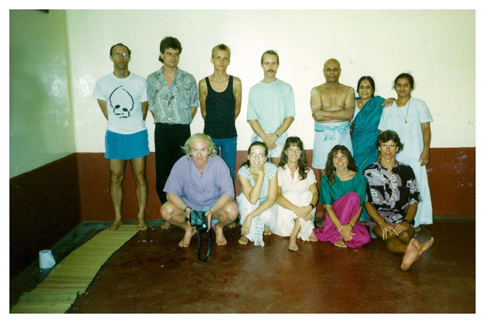 Guruji 12(9x6)(net).jpg