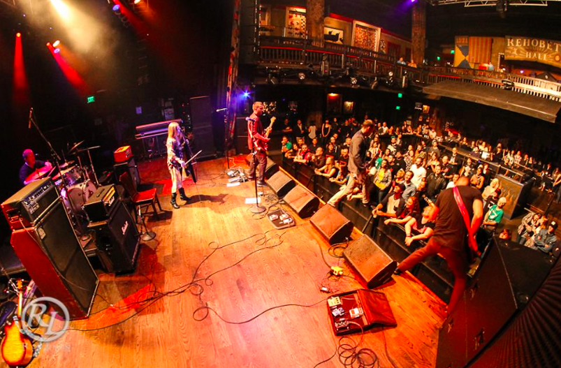 Saints House of Blues Crowd.png