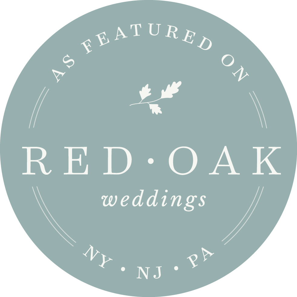 Outdoor Catskill Mountain Resort Wedding with Photography by Jill Nobles of Smile Peace Love Creative featured on Red Oak Weddings. The Full Moon Resort.