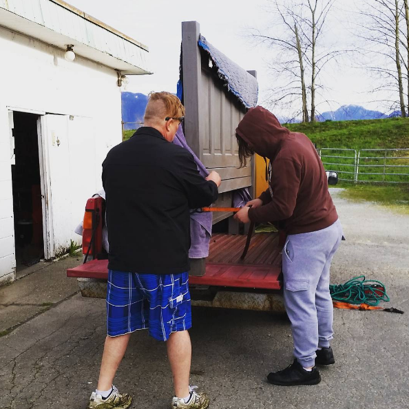 Dad and hubby got up nice and early to help me load it and strap it down. I'm one spoiled lady!
