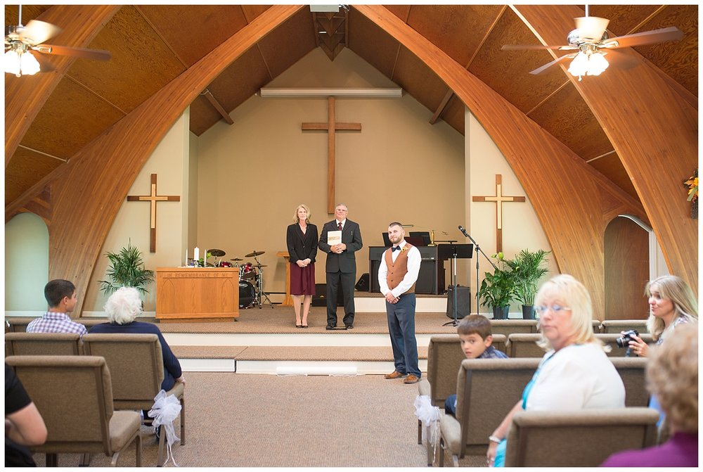 Harding - #ezinlove Caledonia NY Camp Wedding 32.jpg