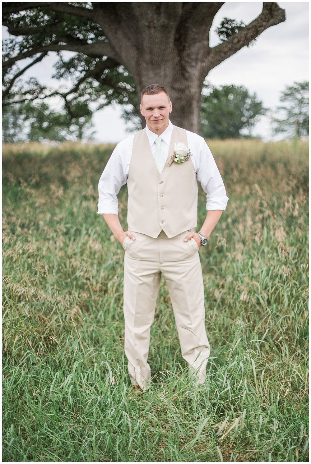 Kellie and Andrew Fitch - Avon Century Barns - Lass and Beau-223_Buffalo wedding photography.jpg
