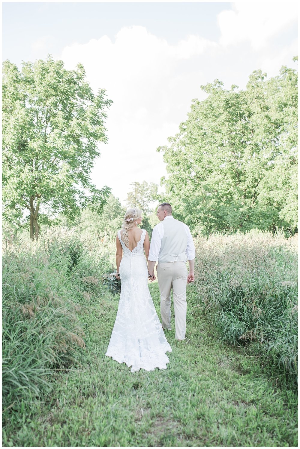 Kellie and Andrew Fitch - Avon Century Barns - Lass and Beau-899_Buffalo wedding photography.jpg