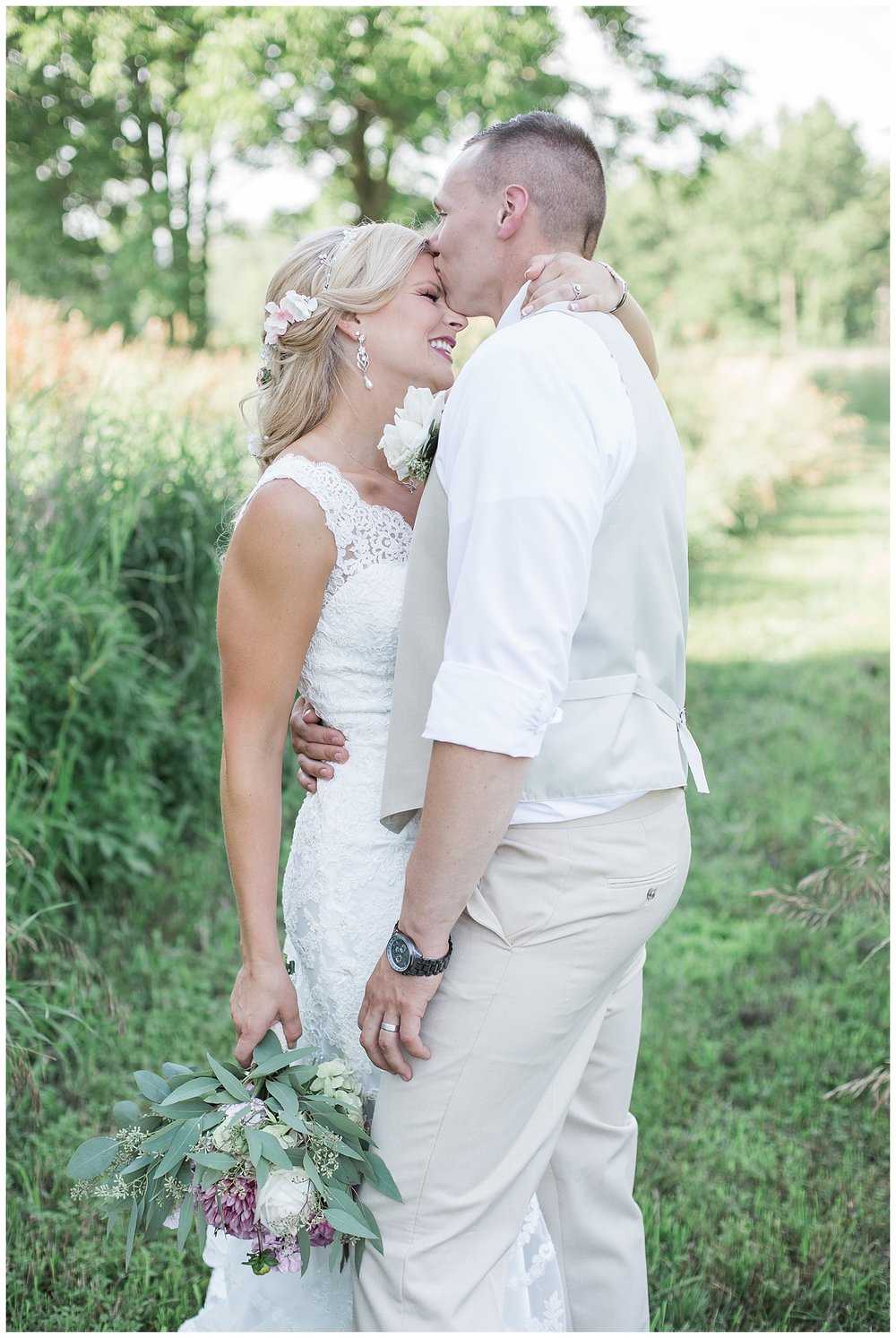 Kellie and Andrew Fitch - Avon Century Barns - Lass and Beau-921_Buffalo wedding photography.jpg