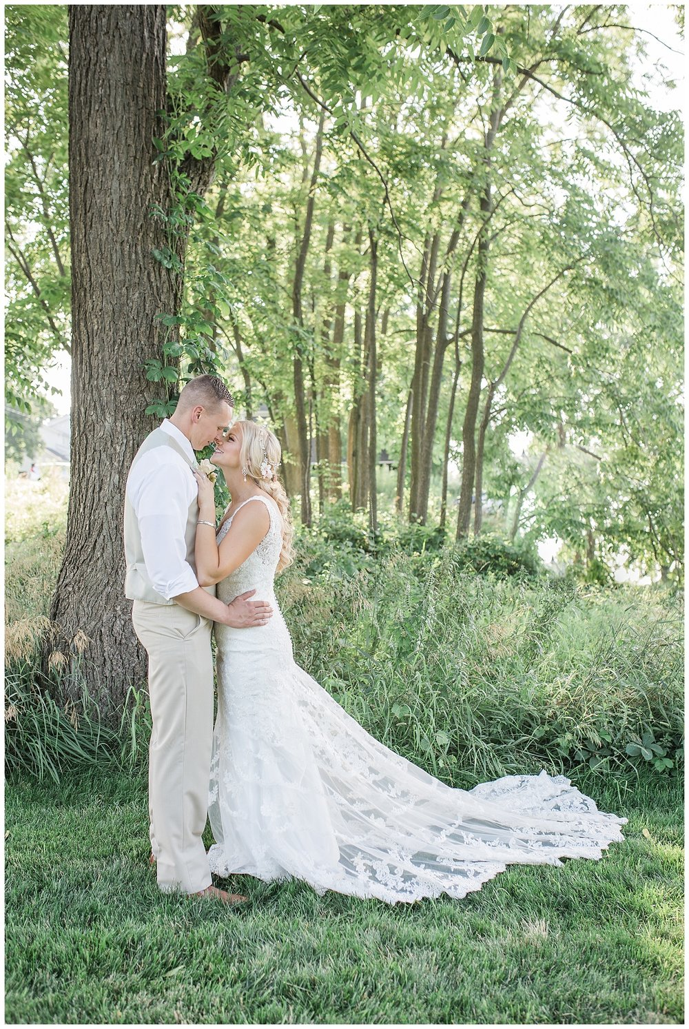 Kellie and Andrew Fitch - Avon Century Barns - Lass and Beau-1012_Buffalo wedding photography.jpg