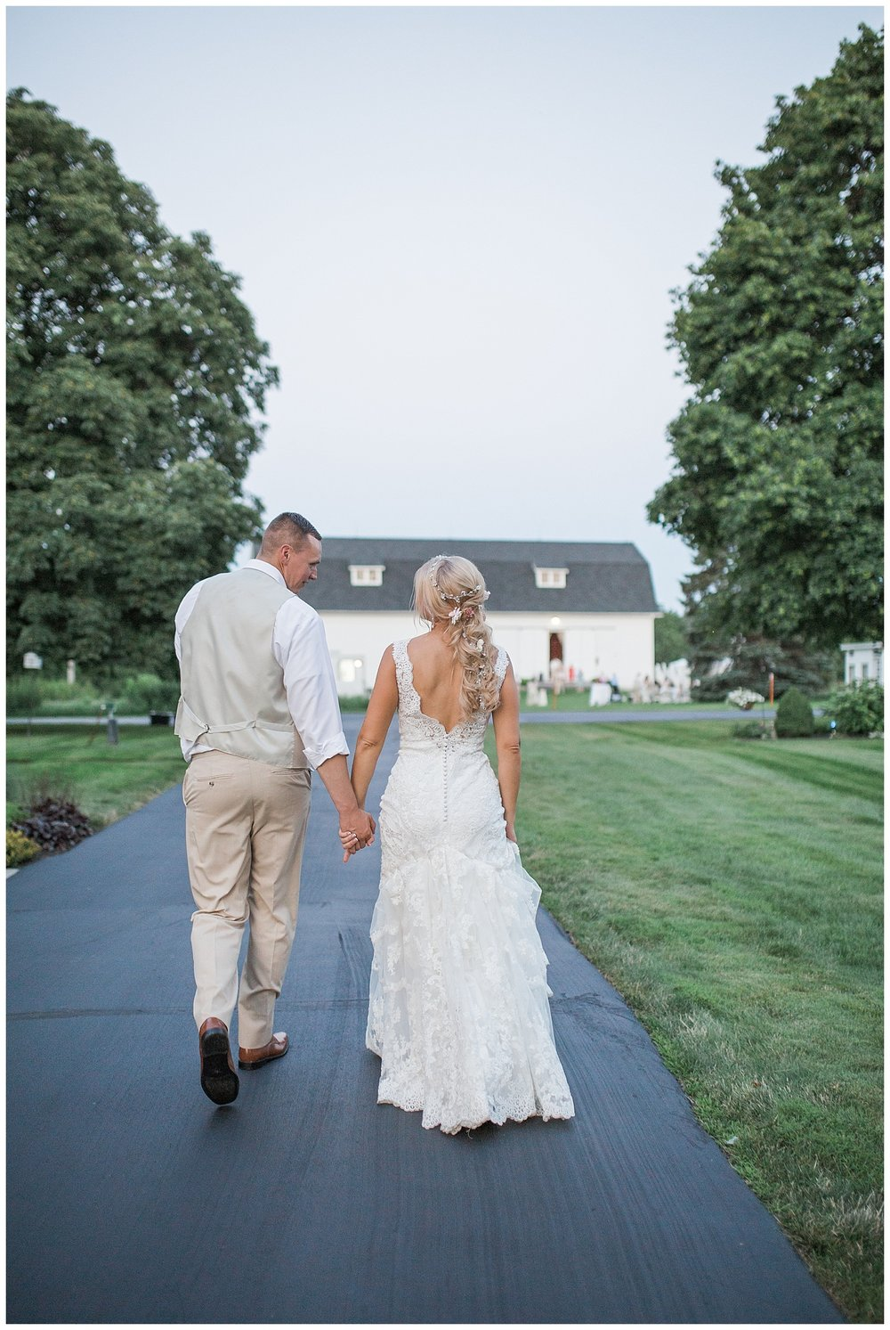 Kellie and Andrew Fitch - Avon Century Barns - Lass and Beau-1548_Buffalo wedding photography.jpg