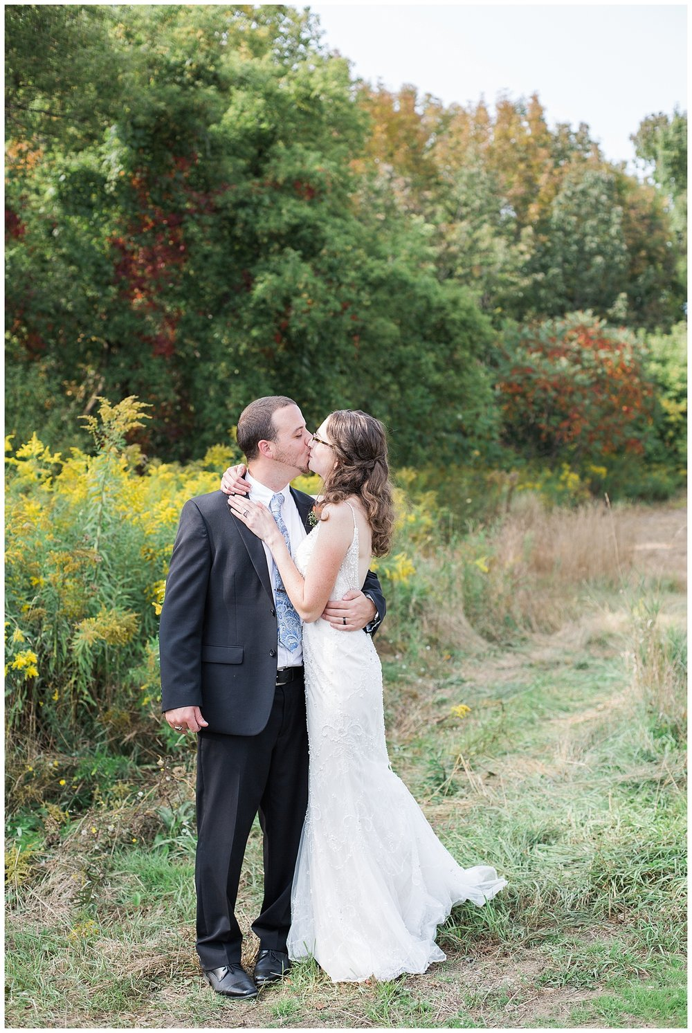 Chris and Leanne Hindle - Nugget Hill - Wayland NY - Lass and Beau-973_Buffalo wedding photography.jpg