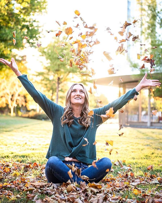 Missing those beautiful fall leaves! 🍂🍁❤️ #seniorpictures #fallleaves #falltime #downtownokc #havefun #playintheleaves #highschoolseniorportraits #seniorphotography #husbandandwifephotographyteam @travisandhaleyg @therealhaleyg @therealtravisg @karacarel
