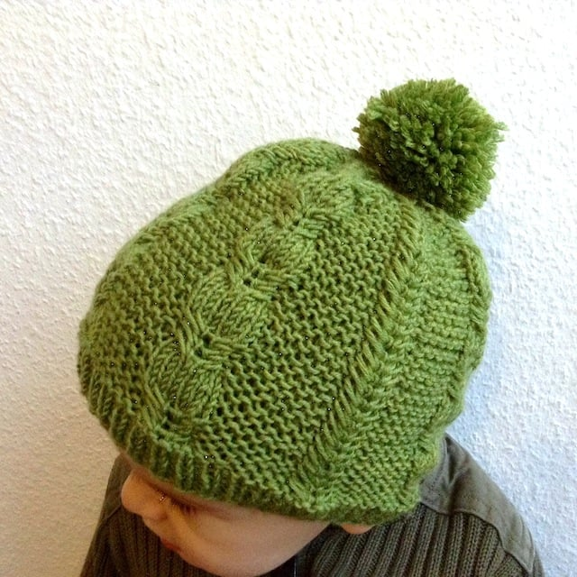 Silverfox Beanie knitting pattern by Lisa Chemery - Frogginette Knitting Patterns