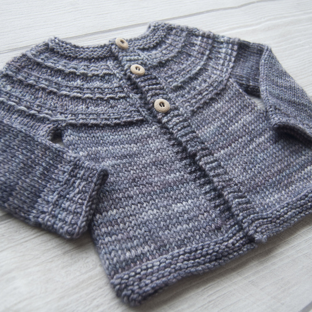 Hyphen cardigan knitting pattern by Lisa Chemery - Frogginette Knitting Patterns