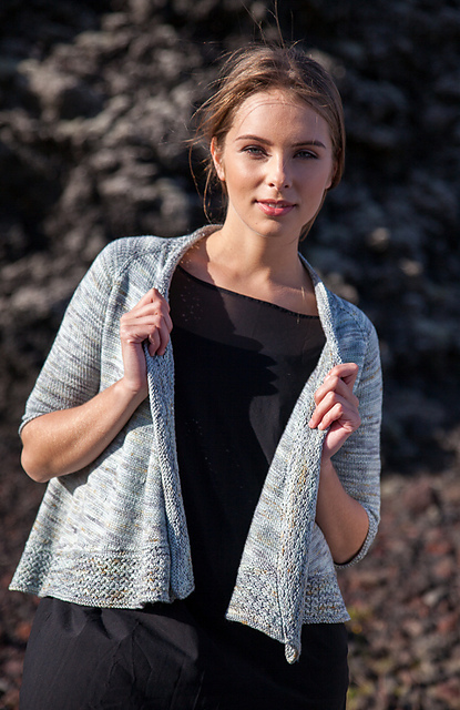 Breiðárlón cardigan by Christelle Nihoul