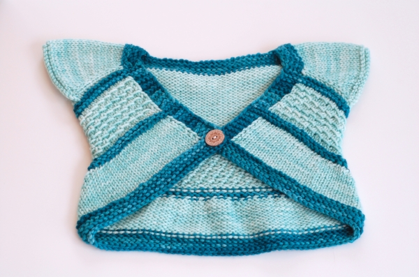 Two-color Entrechat shrug by Frogginette Knitting Patterns #malabrigo