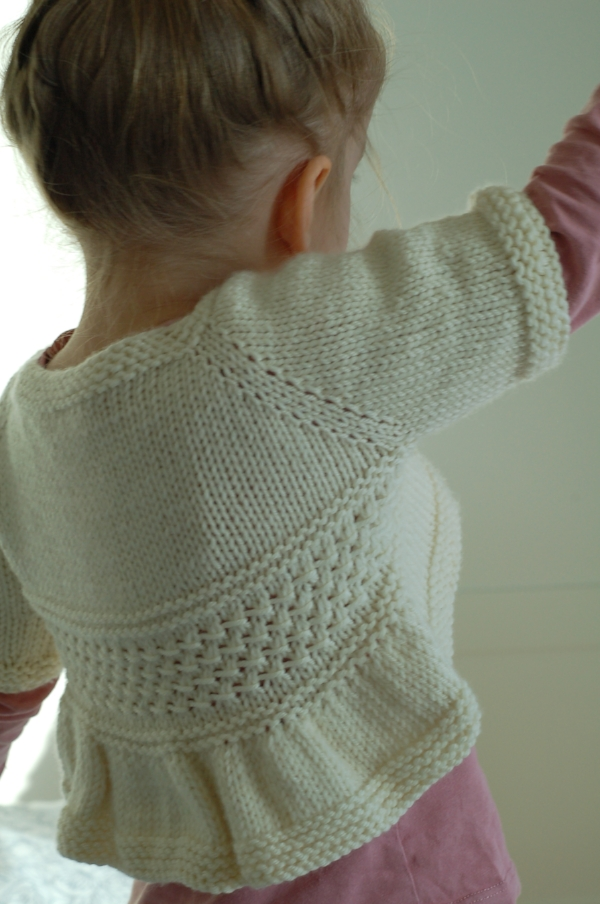Entrechat knitting pattern (long sleeve hack) by Frogginette Knitting Patterns