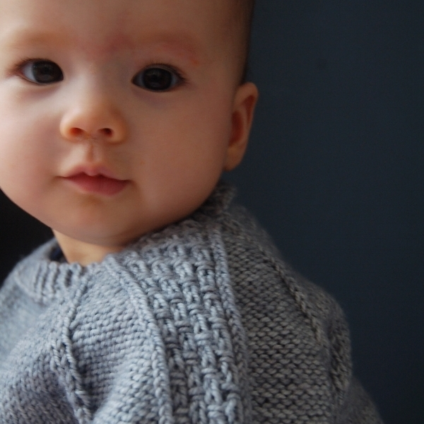 Sagano sweater by Frogginette Knitting Patterns