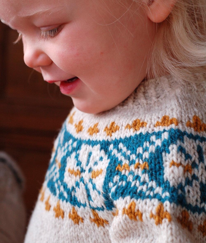 Crossroads (Child) by Frogginette Knitting Patterns