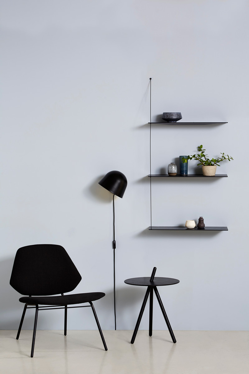 Lean chair designed by Studion Nur | Kuppi lamp designed by Mika Tolvanen | Come Here Sidetable designed by Steffen Juul | Stedge shelf designed by Leonard Aldenhoff