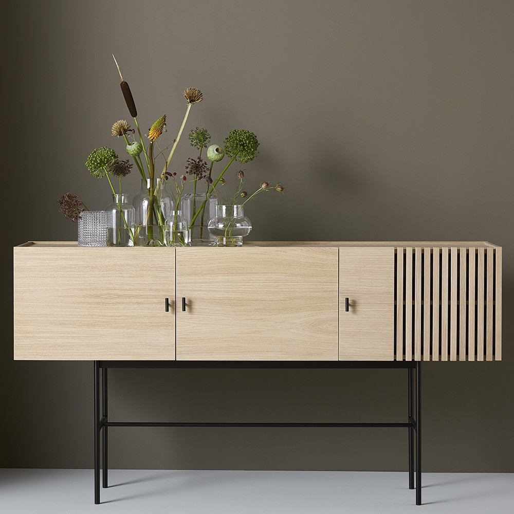 Array Sideboard designet av SAYS WHO
