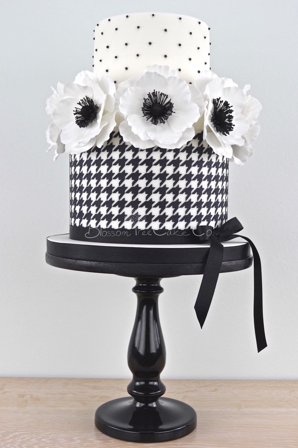 Black and White Houndstooth with Anemones.jpg
