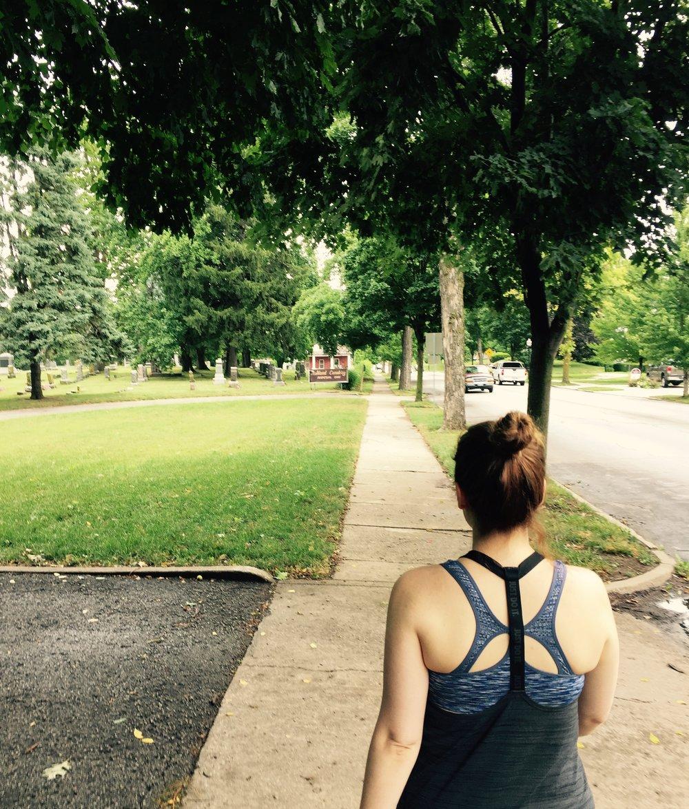 July 2017- Walking towards Ashland Avenue's Cemetery / Graveyard in St. Joseph, Missouri- USA