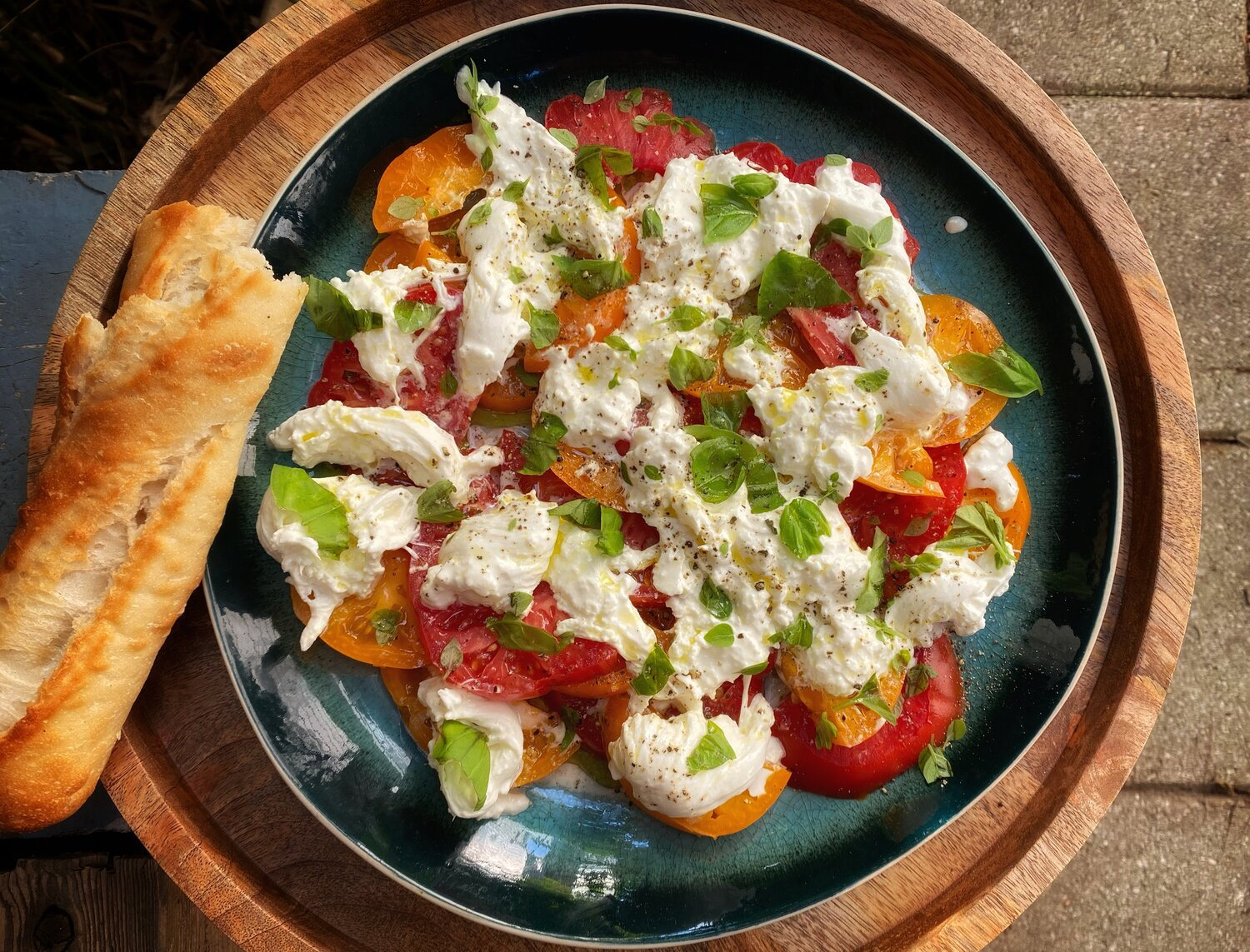 Tomato and Burrata Salad — Cooks Without Borders