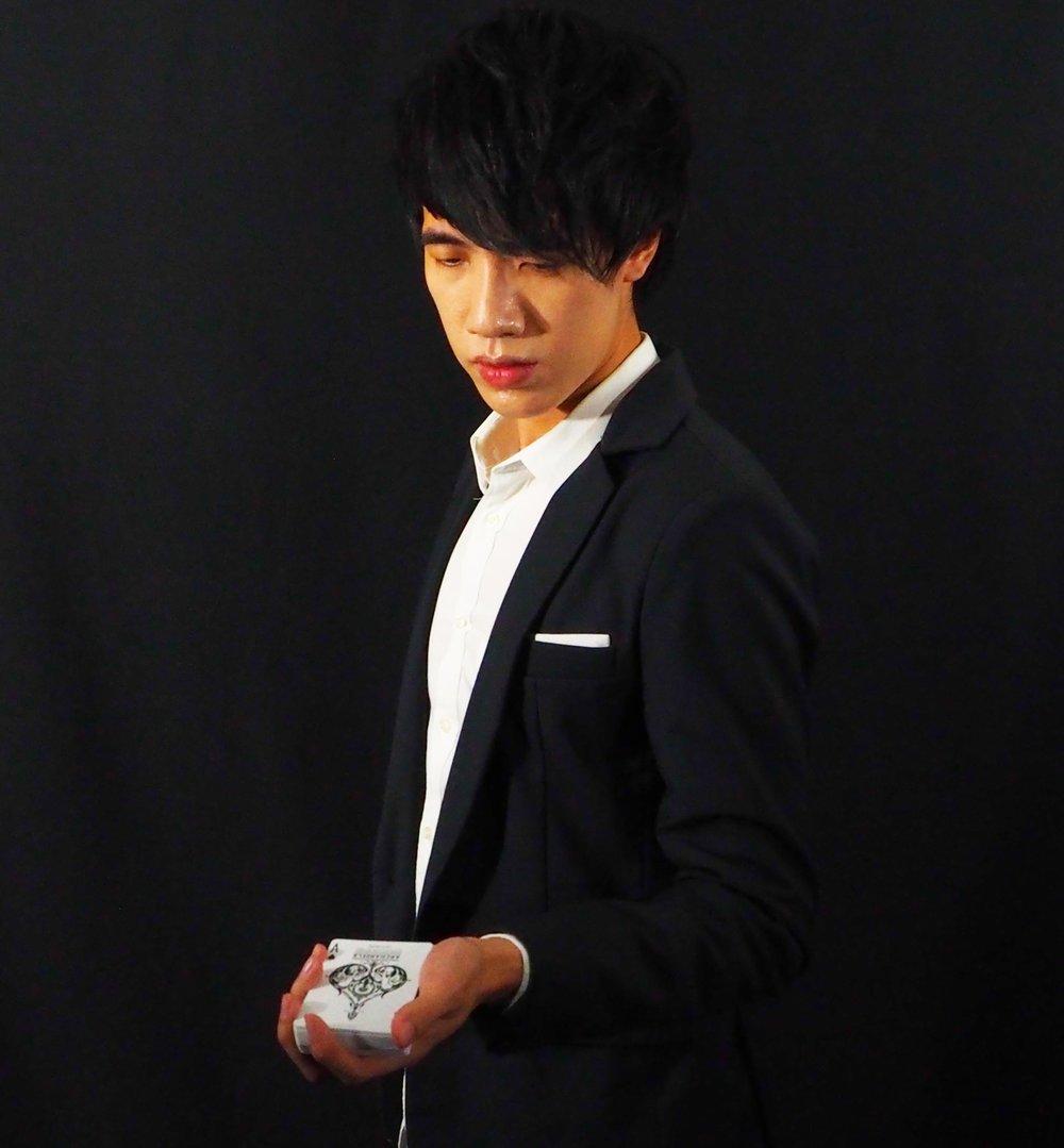 Elijah G. - Magician