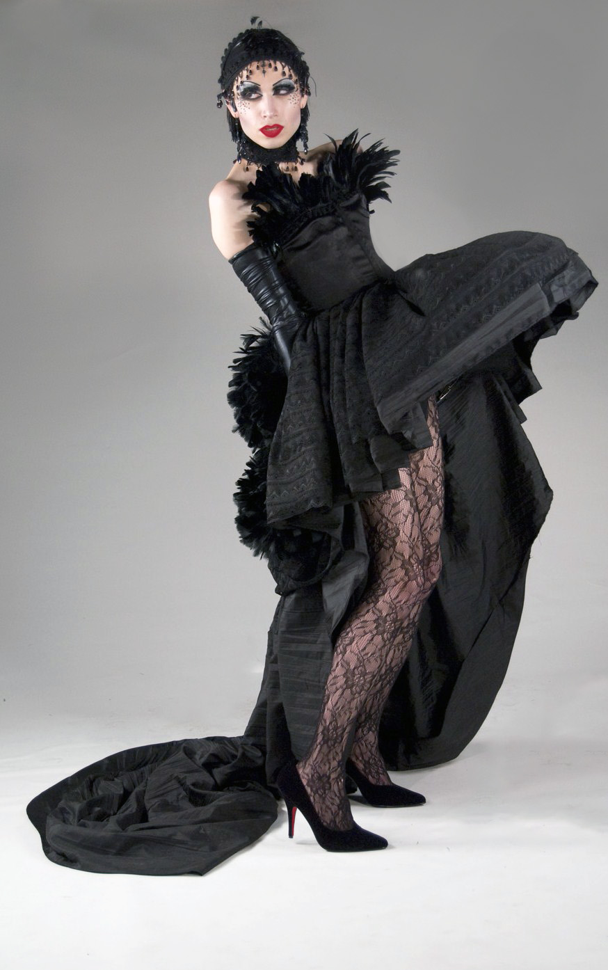 Black Swann_Retouch2.jpg