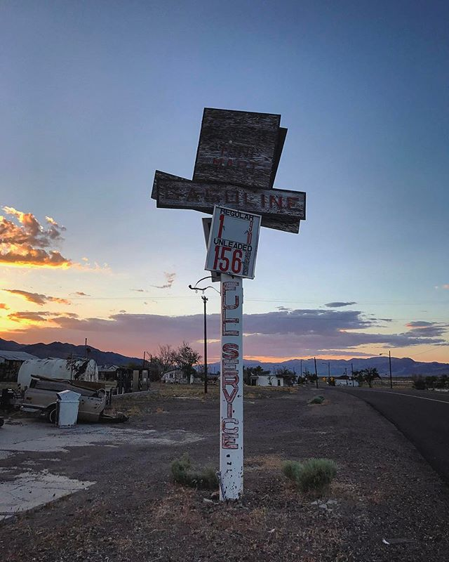 Your price is aging you ... #signgeeks #nevada #vintage #wildwest #theroad #roadtrip #signofthetimes #sunset #ipulledoverforthis