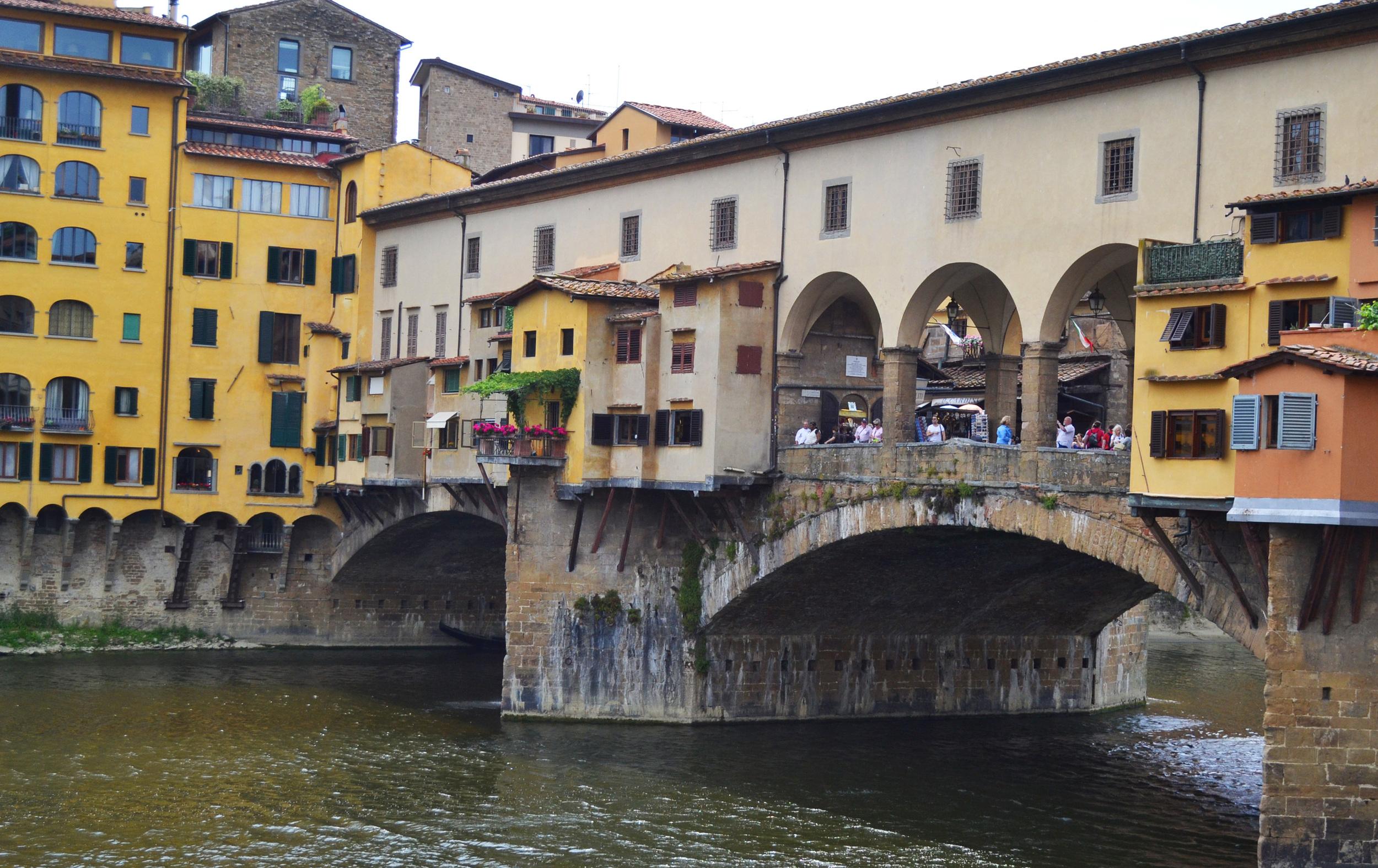 go seek explore ponte vecchio florence italy