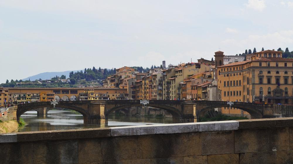 Oltre-Arno-Florence-Ponte-Vecchio.jpg