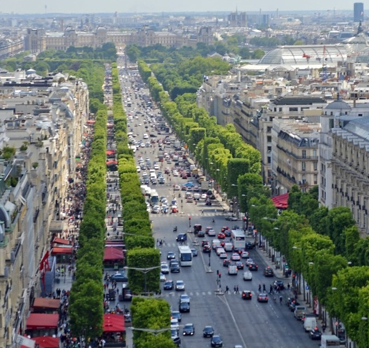 Paris champs elysee