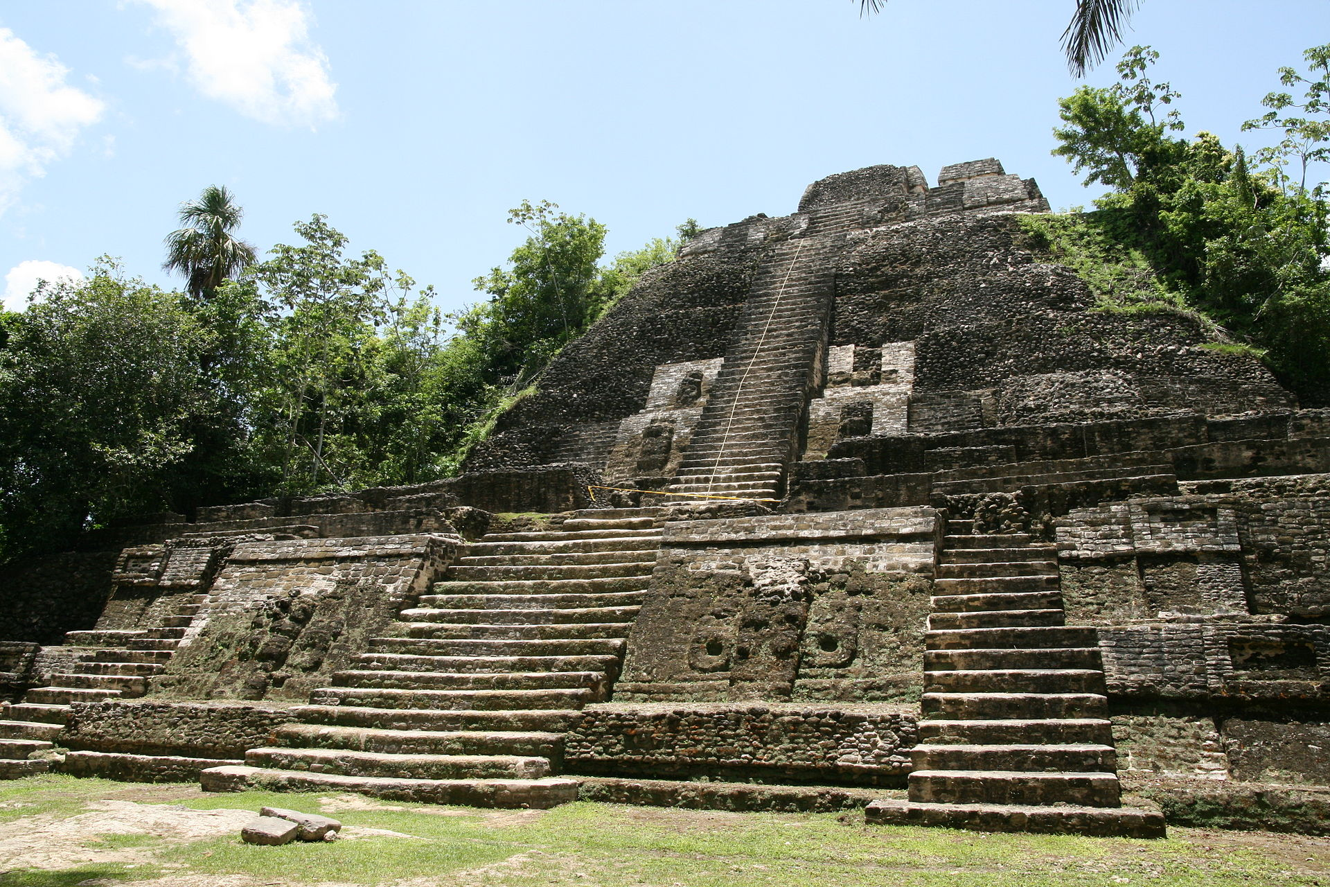 Lamanai_High_Temple Belize Mayan Ruins