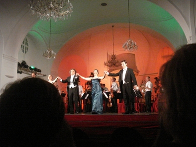 concert-at-schonbrunn-palace-photo_1004180-fit468x296.jpg