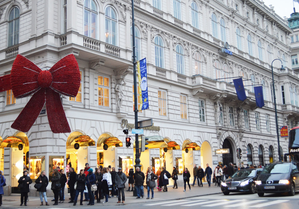 Christmas bow decoration vienna austria