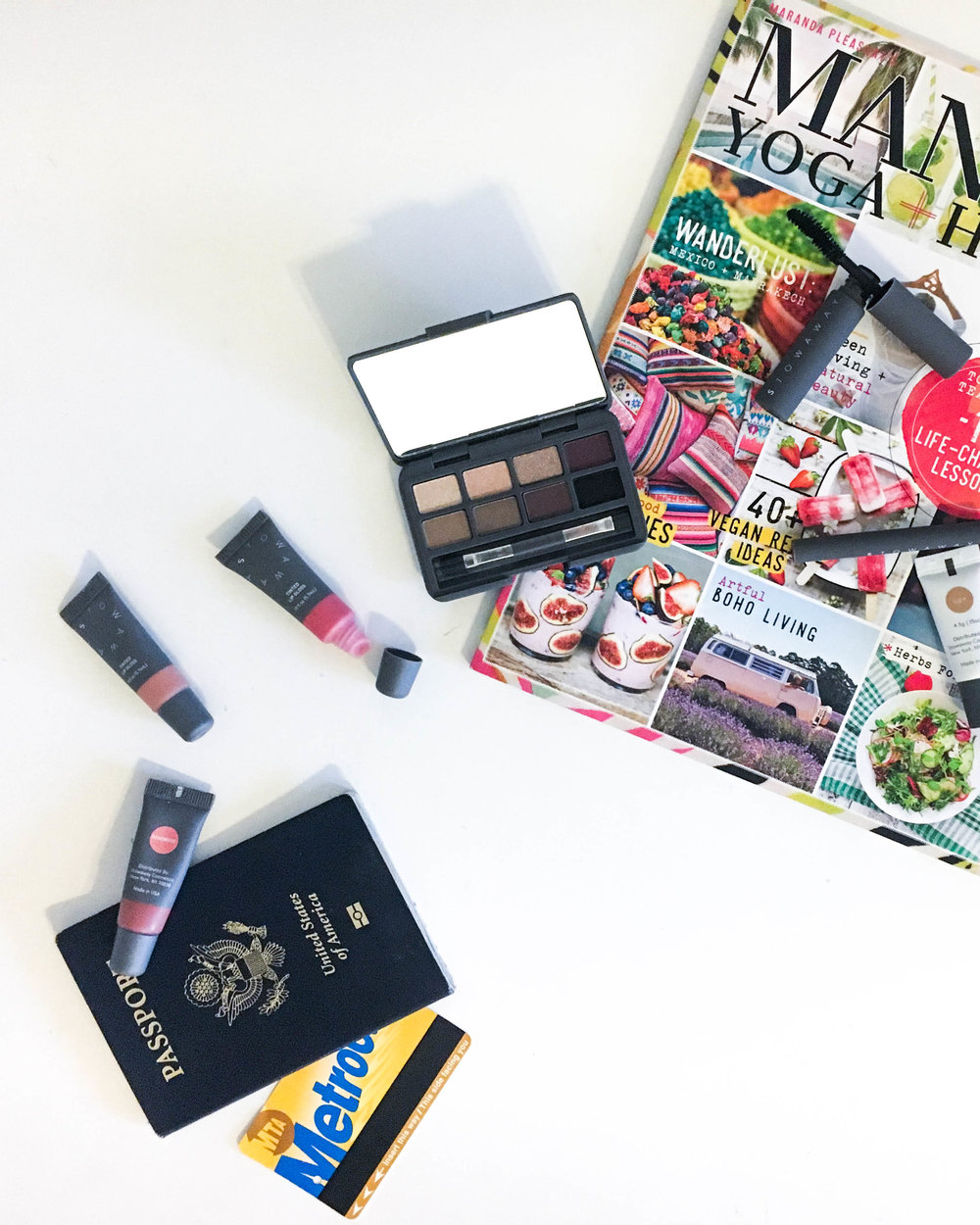 Travel-sized makeup that actually fits in your carry-on! Stowaway Cosmetics makeup review.